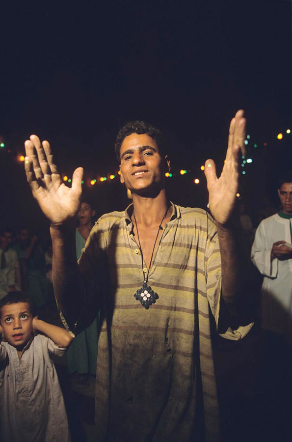 Feast eve, Holy Virgin's pilgrimage. Deir Dronka, near Assiut - Aug 1998